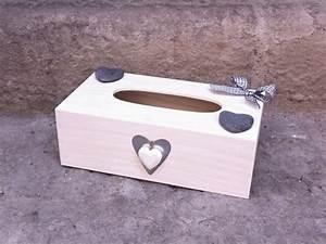 Boite Mouchoir Deco : bo te mouchoirs en bois deco coeur les grands bancs ~ Melissatoandfro.com Idées de Décoration