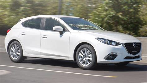 Mazda 3 Touring 2016 Review