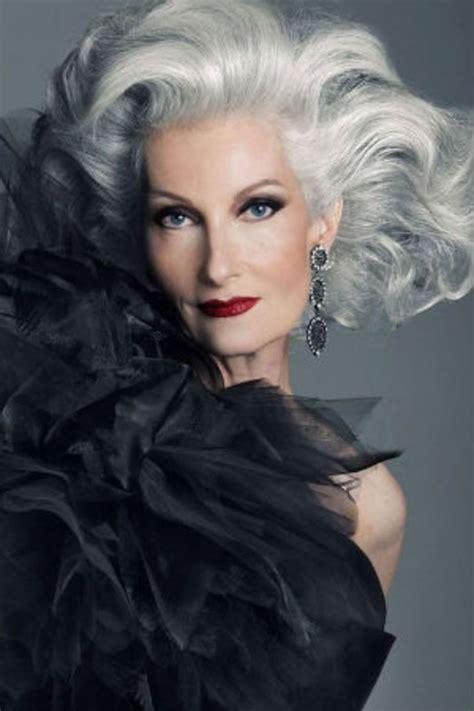 cheveux gris  coiffures cheveux gris pour femme