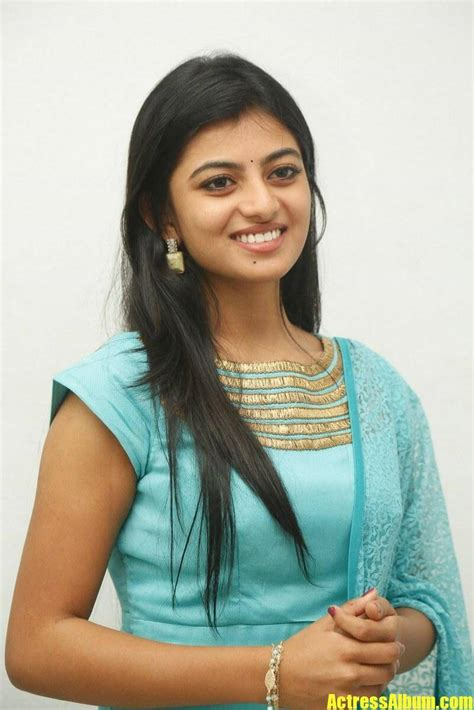 Anandhi Photos Actress Album