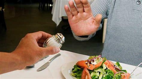 la restriccion de sal puede tener  impacto perjudicial