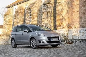 Occasion Peugeot 5008 7 Places Toit Panoramique : essai peugeot 5008 2 0 hdi 2014 l 39 argus ~ Maxctalentgroup.com Avis de Voitures