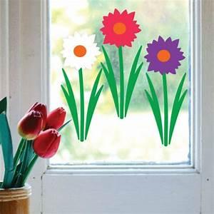 Blumen Basteln Fensterdeko : 30 ideen in bildern f r wundersch ne fensterdeko ostern ~ Markanthonyermac.com Haus und Dekorationen