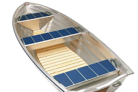 Fishing Boat Flooring by Wooden Flooring 440 Fishing Linder Aluminium Boats