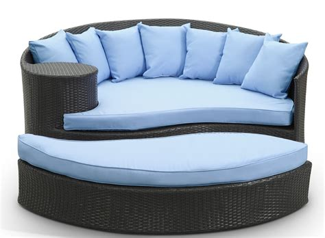 taiji espresso outdoor rattan daybed w ottoman light