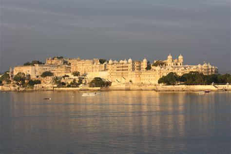 fileudaipur city palace  fateh prakash palace hotel