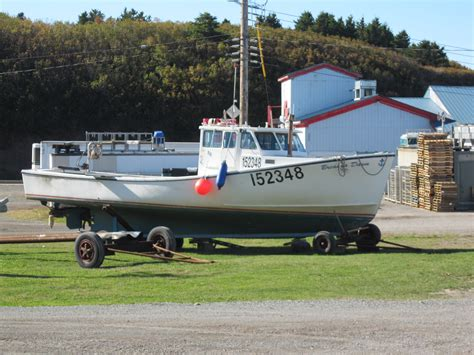 Small Lobster Boats For Sale by Lobster Boat In Southeast A Idea The Hull