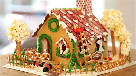 gingerbread house cookie recipe icing decor