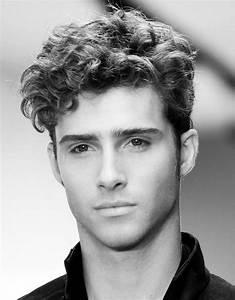Coiffure Homme Cheveux Bouclés : coupe homme cheveux fris s bruno pele energie renouvelable ~ Melissatoandfro.com Idées de Décoration
