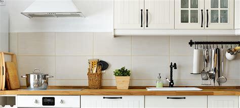 monter sa cuisine 3 raisons de confier le montage de vos meubles à un
