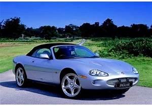 Jaguar Xk8 Fiche Technique : fiche technique jaguar xk8 v8 cabriolet 1998 ~ Medecine-chirurgie-esthetiques.com Avis de Voitures