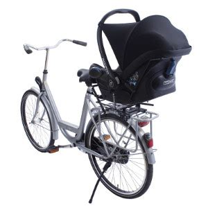 siège bébé remorque vélo famille cycliste solutions pour emmener vos enfants à