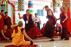 Tibetan Buddhists prime for debate test[1]- Chinadaily.com.cn