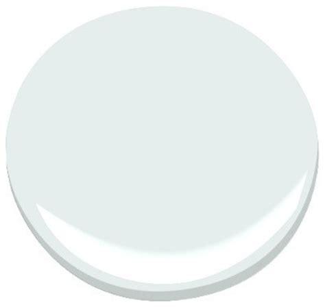 patriotic white   paint benjamin moore