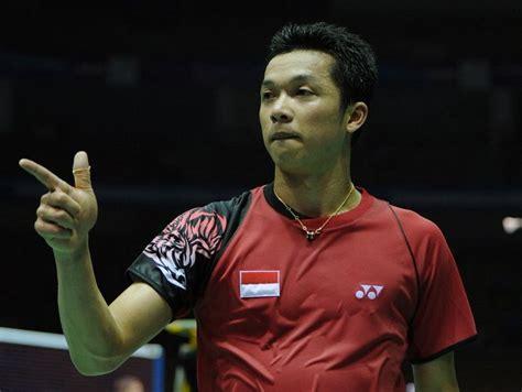 top sport enam momen  taufik hidayat juara indonesia
