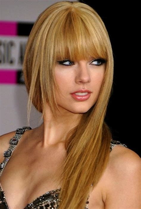 26 Taylor Swift Hairstyles - Celebrity Taylor's Hairstyles ...