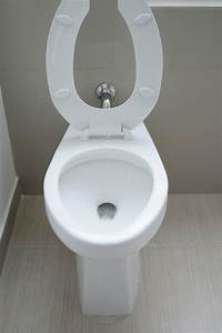 Was Tun Bei Verstopfter Toilette : was hilft bei verstopfter toilette perfect amazing eine alte bse verstopfte toilette mit dem ~ Frokenaadalensverden.com Haus und Dekorationen