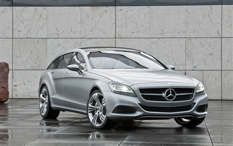 Mercedes Benz Cls 2012 Wallpaper