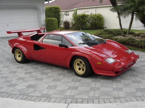 lamborghini countach    guitar broker