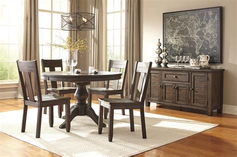 Ashley Signature Design Trudell Casual Dining Room Group