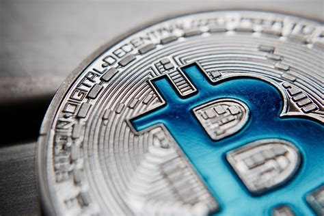 This tool will enable you to choose how long you are willing. Bitcoin Transaction Fee Touches 12-Month Low | Interactivecrypto