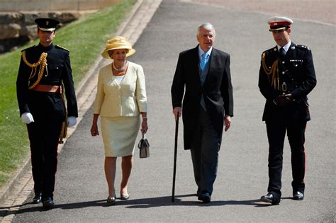 royal wedding  prinz harry und meghan feiern