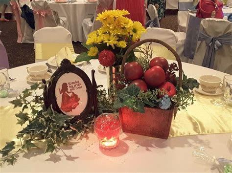snow white centerpieces 17 best ideas about snow white centerpiece on pinterest snow white wedding disney wedding