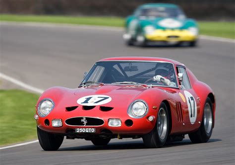 Top 7 Supercars From The 1960s