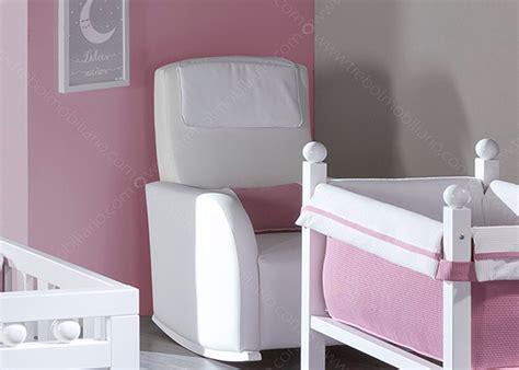 chaise à bascule allaitement fauteuil a bascule pour allaiter 28 images fauteuil