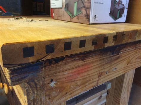 hardwood      table top  oak