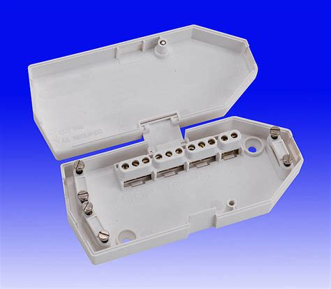 cable connector strips chocblock or chocbloc or chock block or chock bloc
