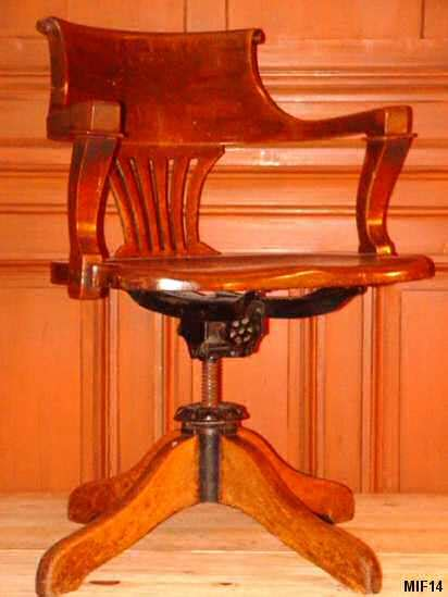fauteuil am 233 ricain vers 1920