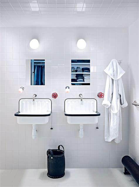 salle de bain blanche esprit retro marie claire