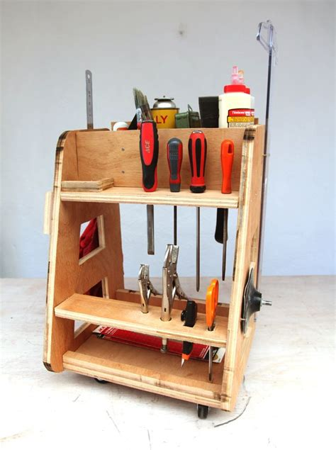 diy tool caddy inspired  adam savage  mythbusters