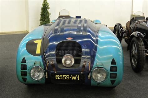 The bugatti type 571 and later variants (including the famous atlantic and atalante) was an entirely new design created by jean bugatti, son of founder ettore.2 type 57s were built from 1934 through. 68 IAA Francoforte 2019 - Bugatti Type 57 G Tank Immagine Editoriale - Immagine di famoso ...