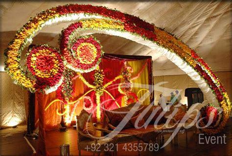 tulips event  pakistani wedding stage decoration