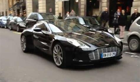 Aston Martin One-77, Elle Cale