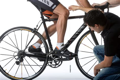 bike knee saddle position aft fore height pedal cycling right pain seat forward plumb sitting getting road handlebars method posture