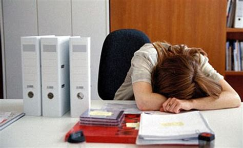Survey: One-third of flu victims still come to work ...
