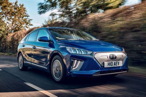 Hyundai Ioniq Electric Premium SE - Professional Driver ...