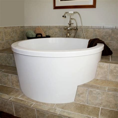 Best Bathtubs For Small Bathrooms by Bathtubs For Small Bathrooms Bathtub Designs