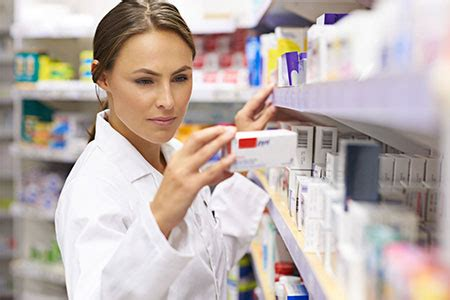 Pharmacy Technician Certification  Benefits Of Getting Certification