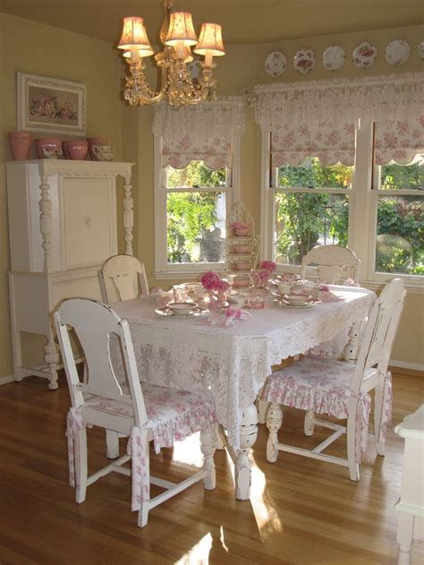 25+ Best Ideas About Pink Dining Rooms On Pinterest Pink