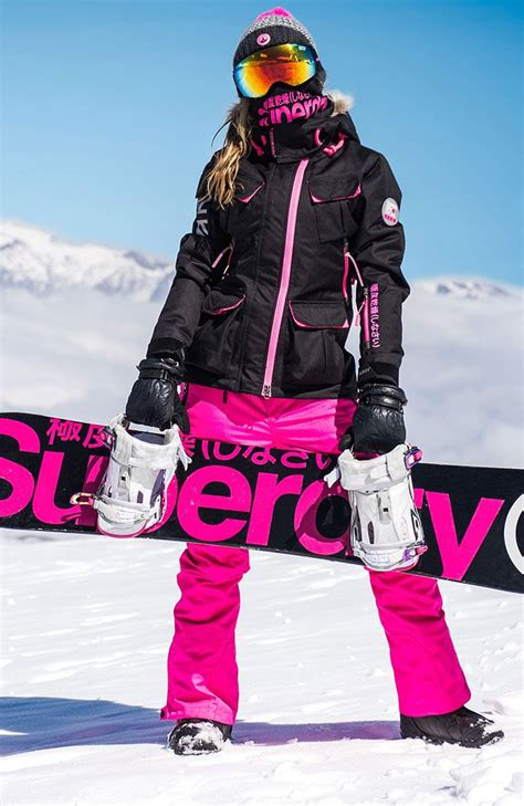 Best 25 Snowboarding Outfit Ideas On Pinterest