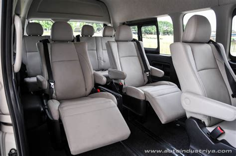 toyota hiace super grandia lxv car reviews