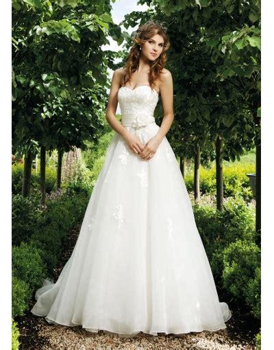 robe de mariee moderne et originale wedding dress colors iconada tv 愛墾 網