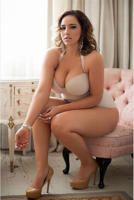 Curvy curves. Big girls rock | FINE ASS HELL | Pinterest | Curves, Curvy and Lingerie