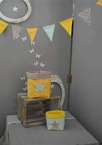 Décoration Salon Jaune Moutarde : simple deco chambre jaune galerie avec decoration salon moderne jaune with salon gris et jaune ~ Melissatoandfro.com Idées de Décoration