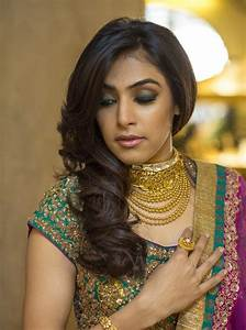 Latest bridal hairstyles for wedding sarees Indian hairstyles for wedding reception