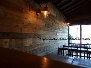 bar decoration murale avec les palettes en bois pallet With decoration murale bois sculpte
